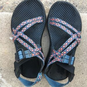 Brand New Chaco Sandals Size 6!